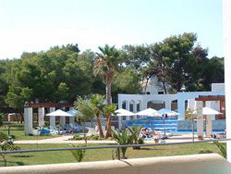New Luxury apartment to rent with pool in Cala d'Or Mallorca.
